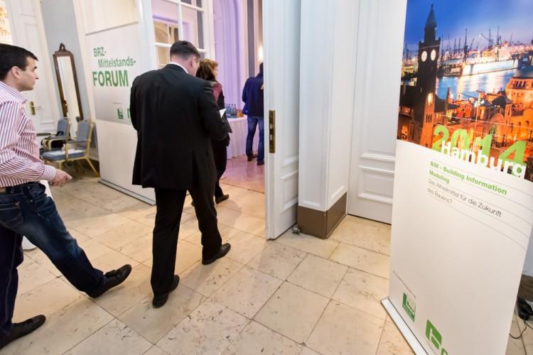 Ankunft der Teilnehmer des BRZ Mittelstandsforums im Hotel Atlantic Kempinski in Hamburg