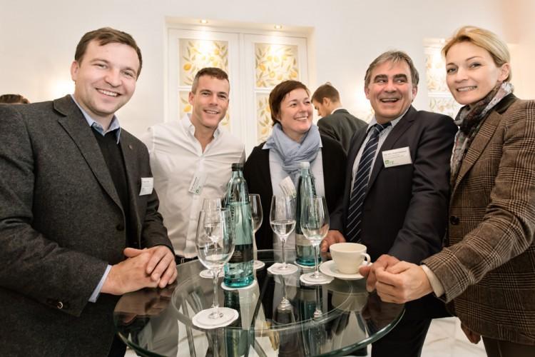 Gruppenfoto mit Teilnehmern des BRZ Mittelstandsforums in Hamburg