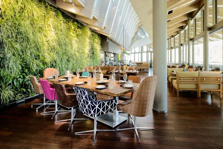 Das Coast Restaurant in Hamburg, fotografiert von Bernhard Classen